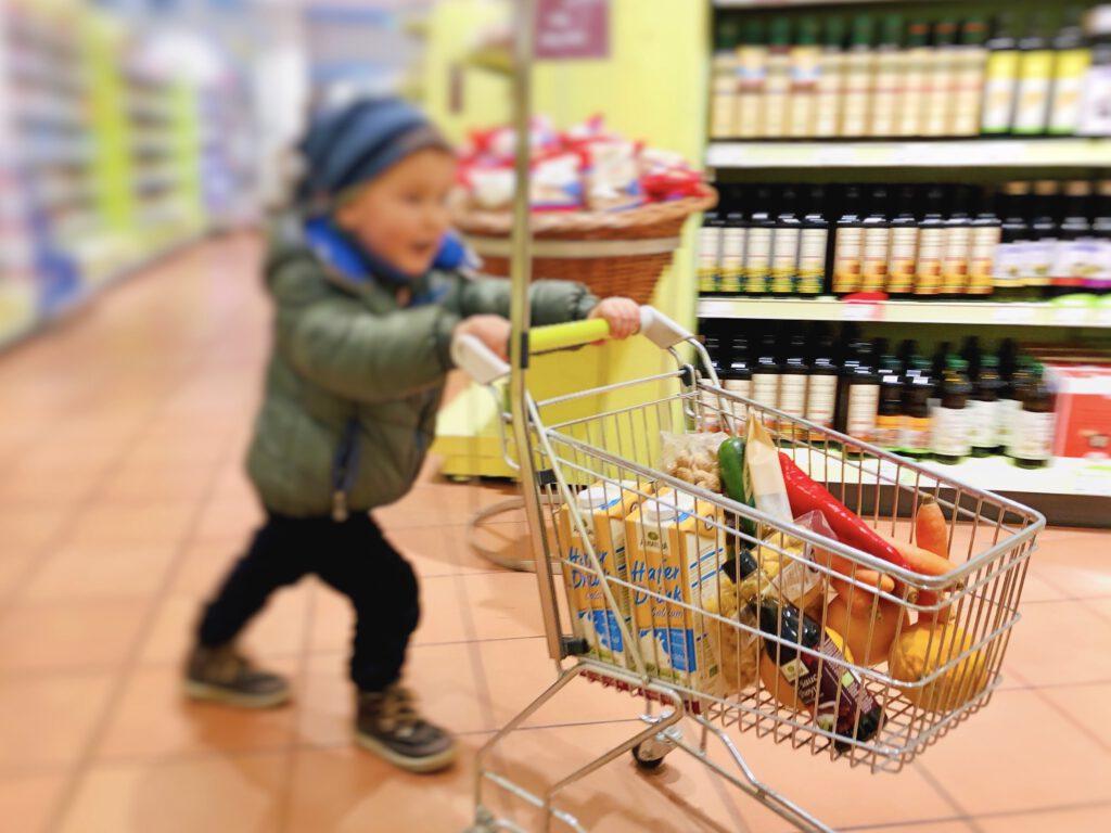 Stressfrei einkaufen mit kleinen Kindern